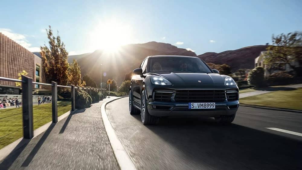 2020 Porsche Cayenne Grill