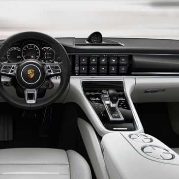 2020 Porsche Panamera Dash