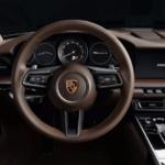 2020 911 interior