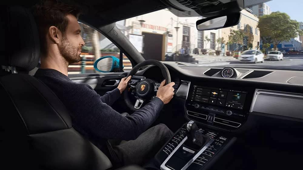 2020 Porsche Macan Driver