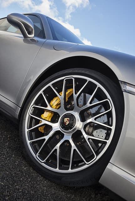 Winter Tires vs. Summer Tires | Porsche Spokane