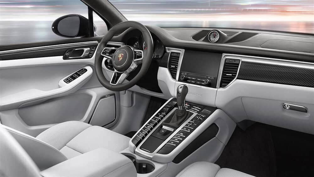 2019 Porsche Macan Turbo steering wheel and console