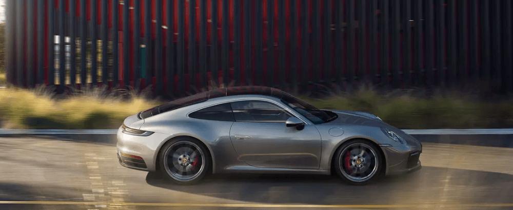2020 Porsche Carrera
