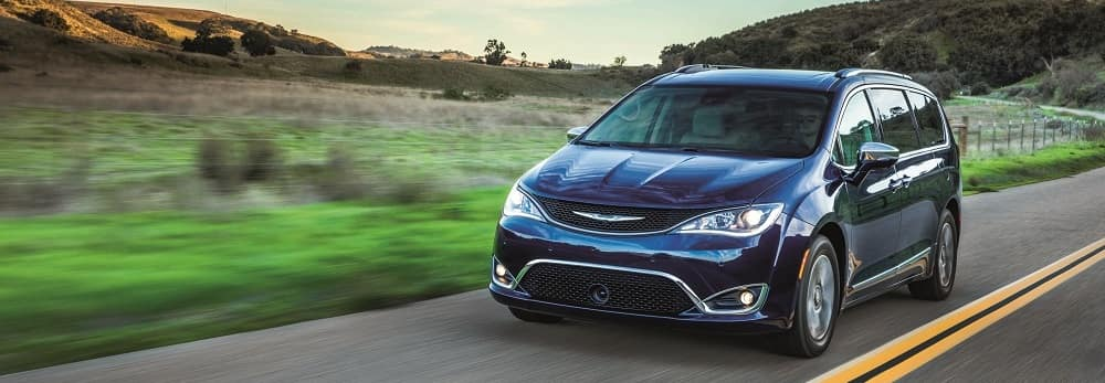 2018 Chrysler Pacifica Blue