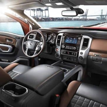 2018 Nissan Titan Dash