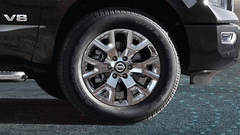 2020 Nissan Titan Tire