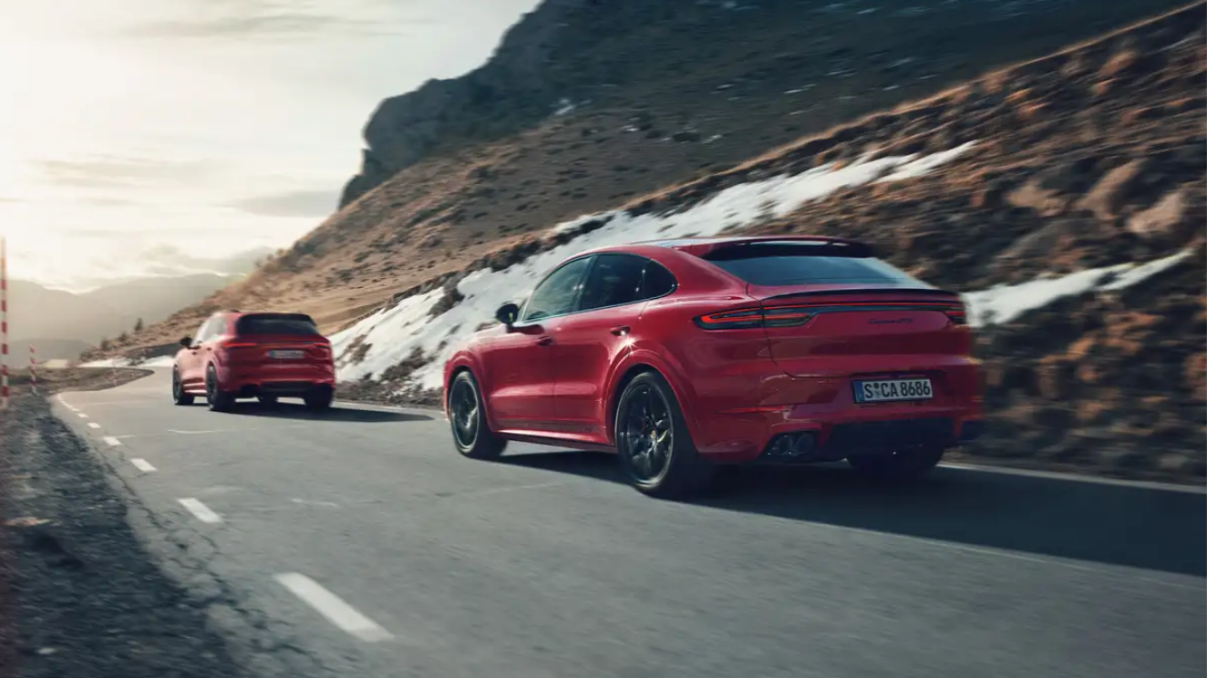 Porsche Cayenne GTS and Cayenne GTS Coupe Performance