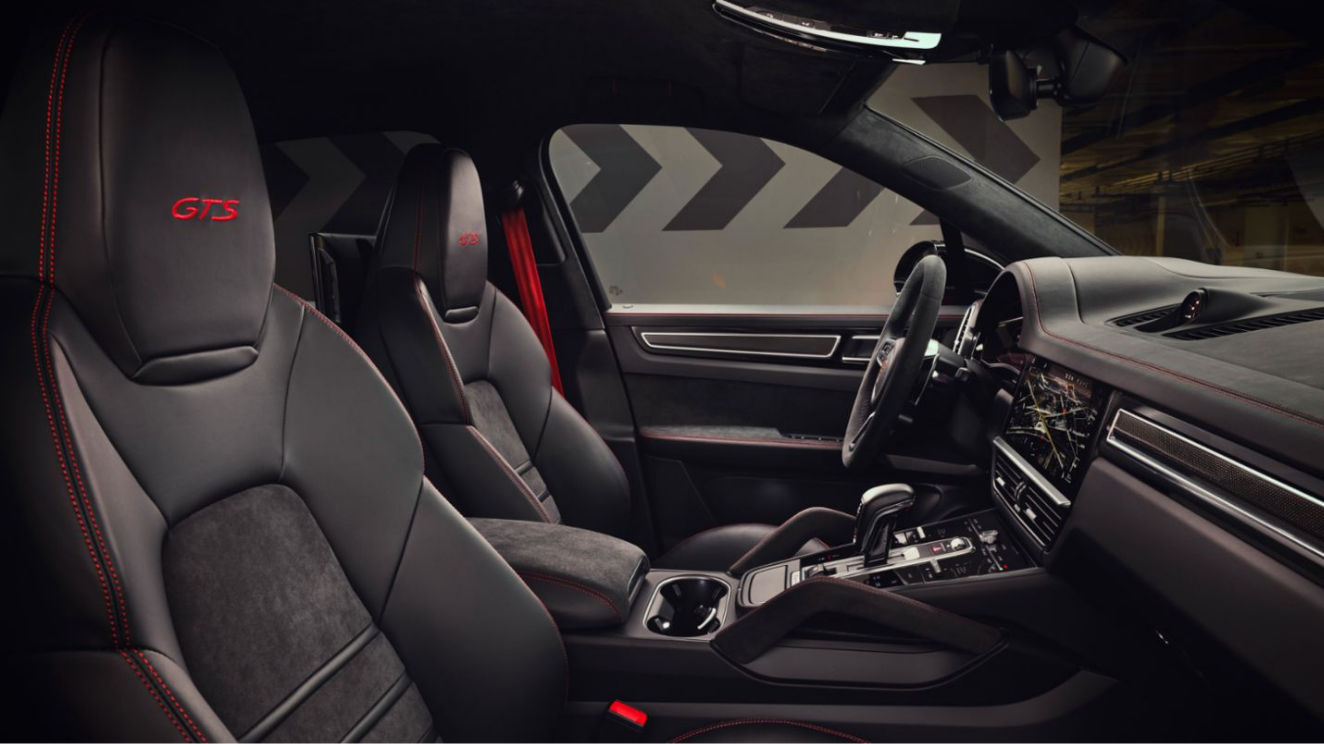 Porsche Cayenne GTS and Cayenne GTS Coupe Interior