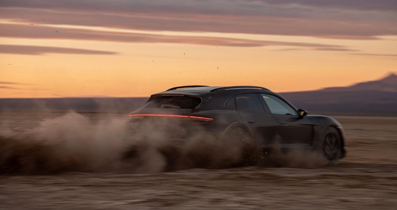 Porsche Taycan Cross Turismo Performance