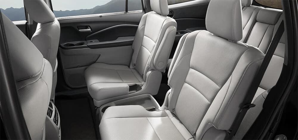 2022 Honda Pilot Three Row Interior Image