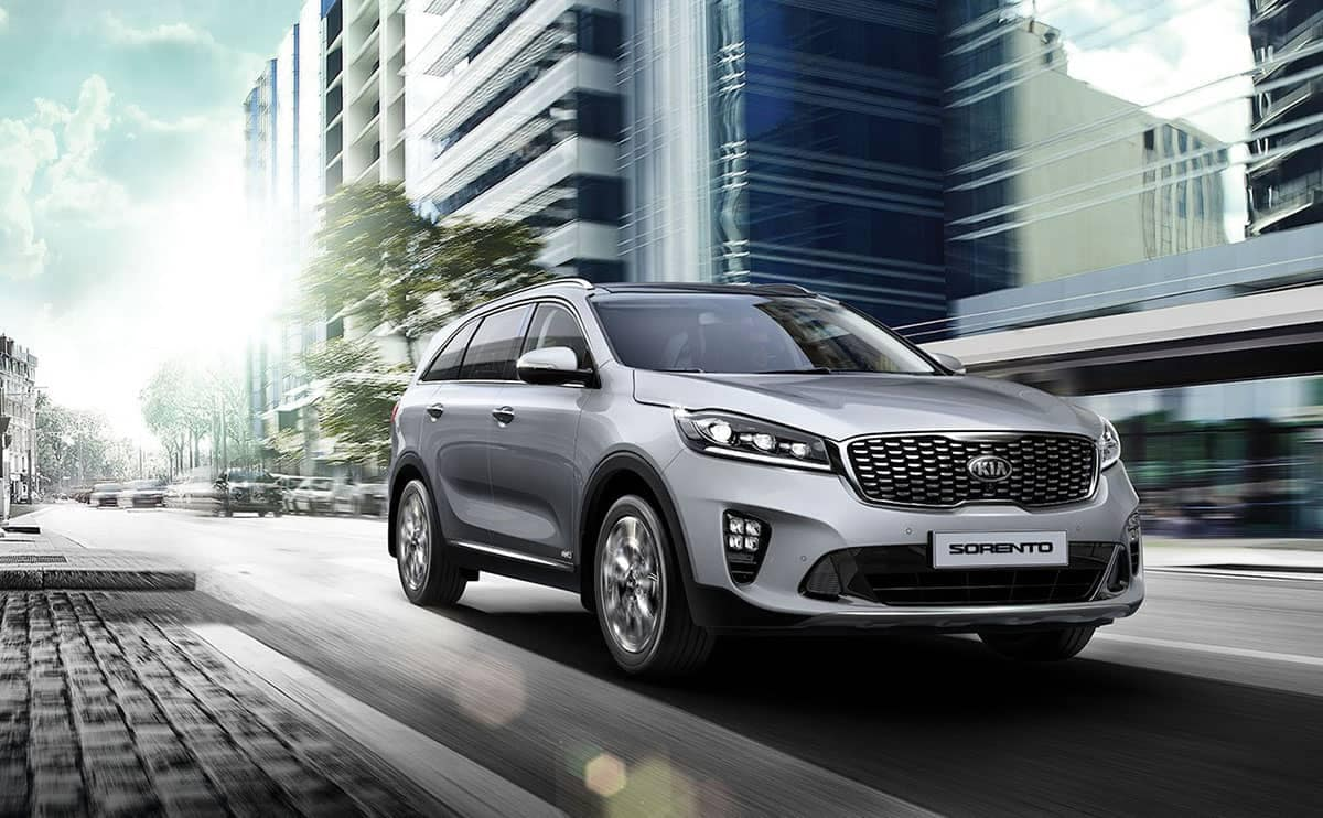 2019 Kia Sorento city driving