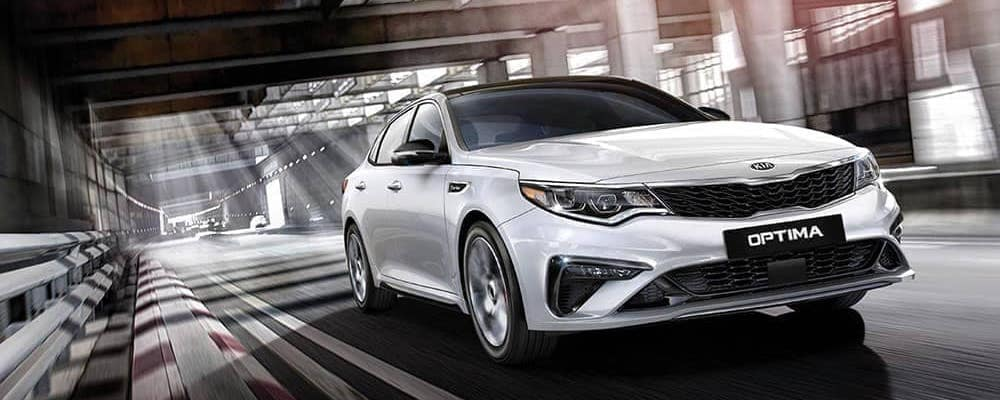 2019 white Kia Optima