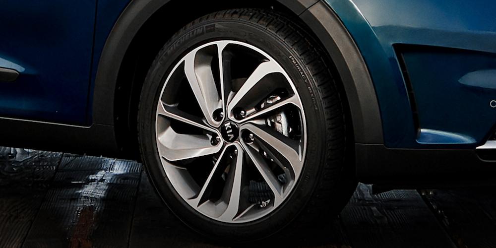 2019 Kia Niro Front Tire Closeup