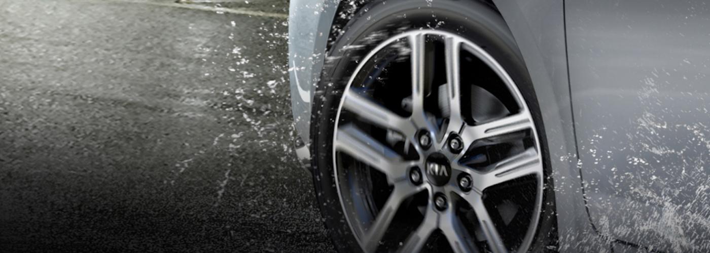 2020 Kia Forte Tire in the Rain