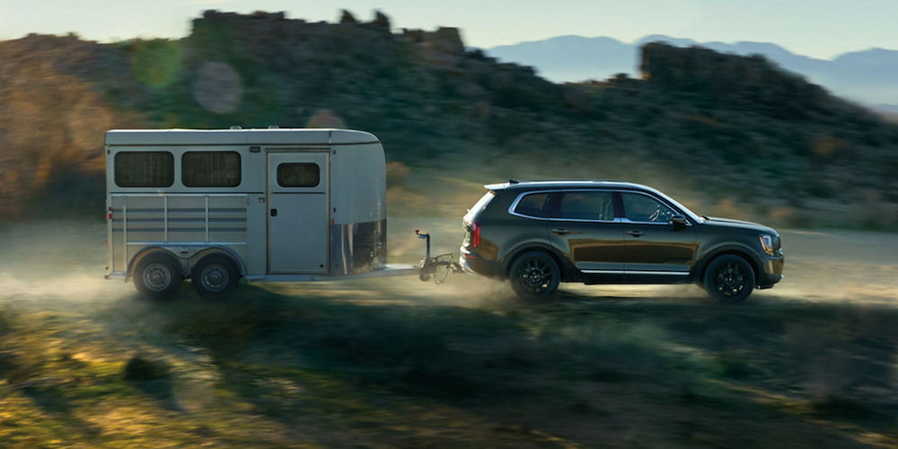 Green 2020 Kia Telluride Towing Trailer