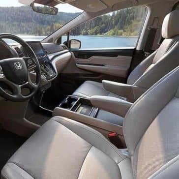 front interior cabin of 2019 Honda Odyssey