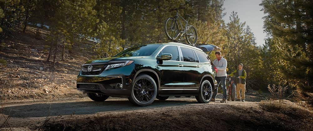 2020-Honda-Pilot-In-The-Woods