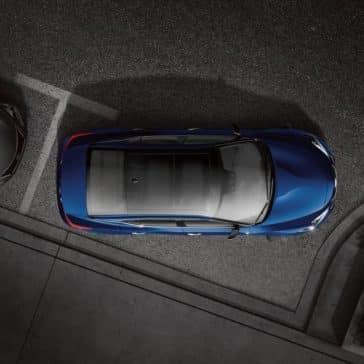 2018 Nissan Maxima parking