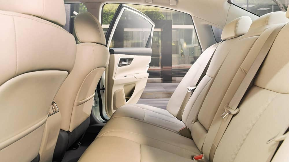 2018 Nissan Altima rear leather seating