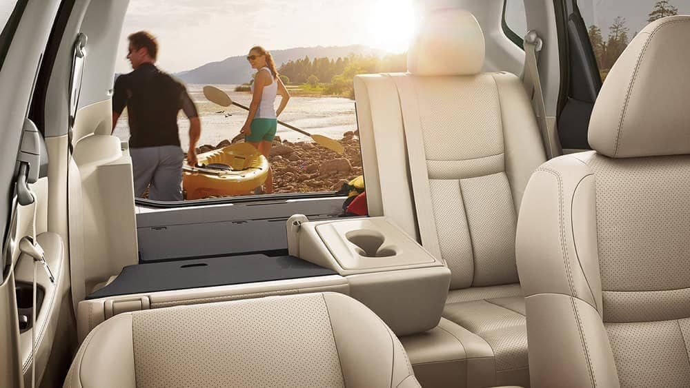 2018 Nissan Rogue rear fold down seats